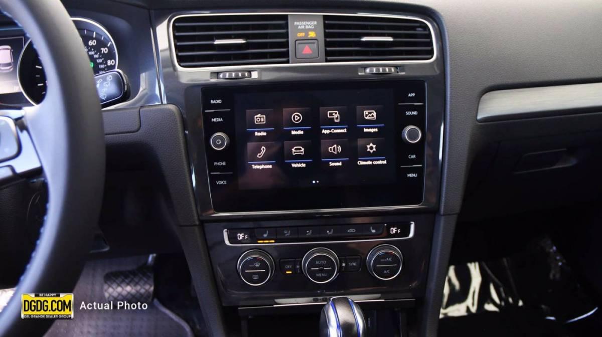 2019 Volkswagen e-Golf WVWKR7AU4KW910002