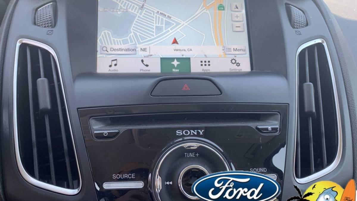 2016 Ford Focus 1FADP3R41GL213008