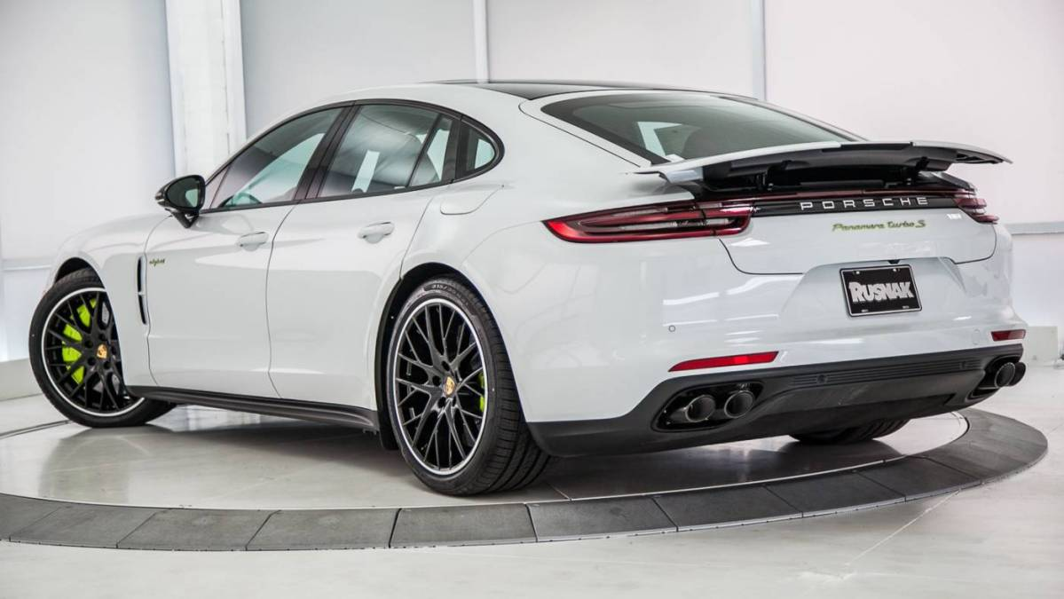 2018 Porsche Panamera WP0AH2A78JL144531