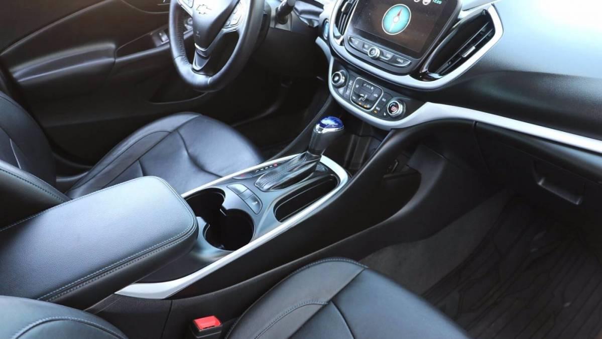 2017 Chevrolet VOLT 1G1RC6S53HU185071