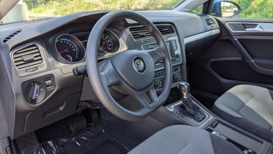 2016 Volkswagen e-Golf WVWKP7AU5GW916937