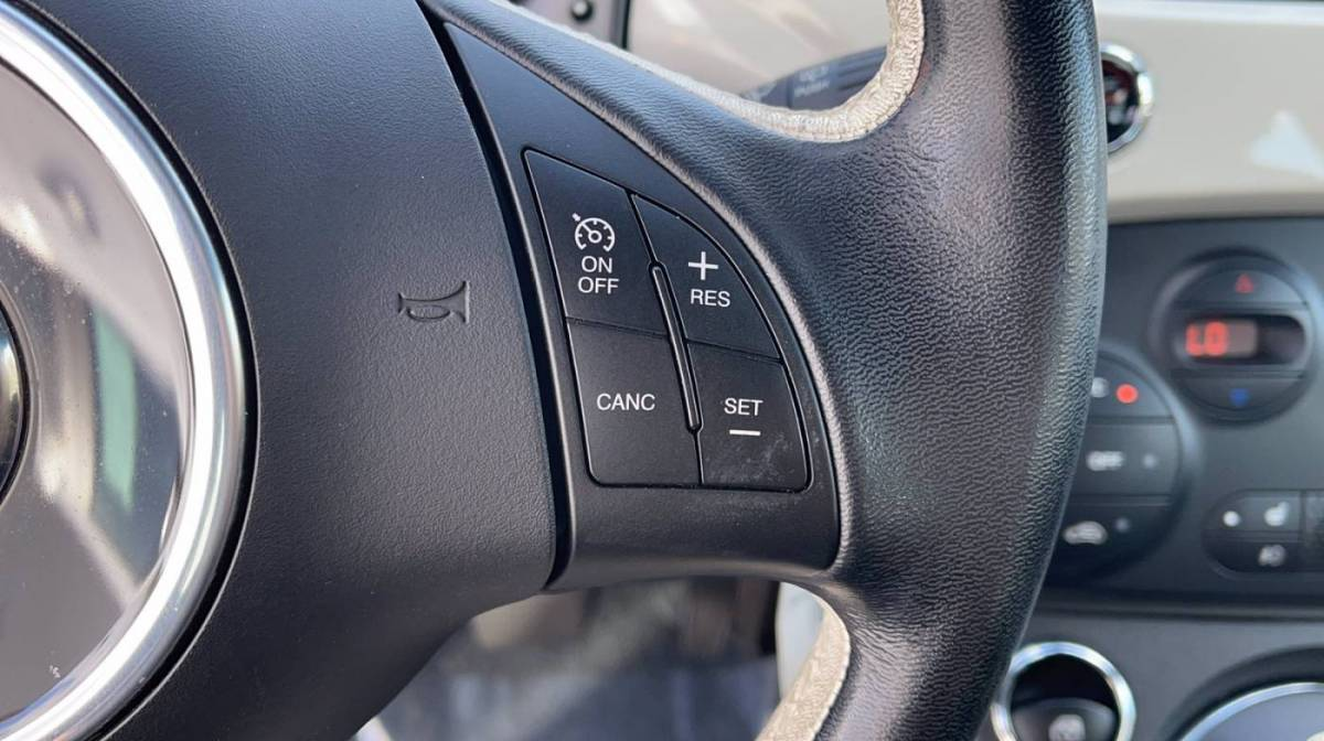 2017 Fiat 500e 3C3CFFGE7HT625093