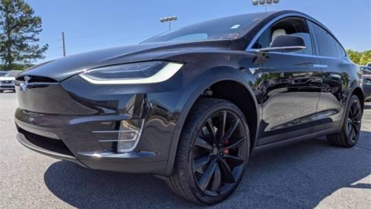 2018 Tesla Model X 5YJXCBE40JF081128