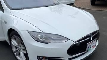 2016 Tesla Model S 5YJSA1E28GF131436