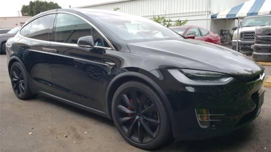 2018 Tesla Model X 5YJXCBE48JF081197