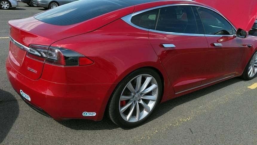 2017 Tesla Model S 5YJSA1E48HF229143