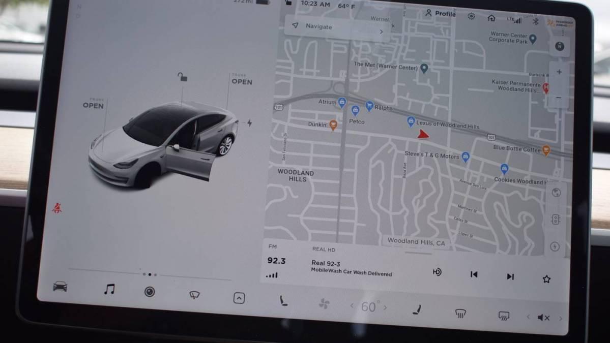 2018 Tesla Model 3 5YJ3E1EA3JF018369