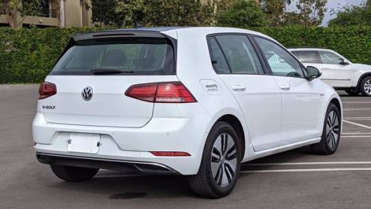 2018 Volkswagen e-Golf WVWPR7AU0JW907263
