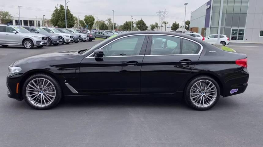 2019 BMW 5 Series WBAJA9C54KB389405