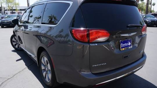 2018 Chrysler Pacifica Hybrid 2C4RC1N74JR152493
