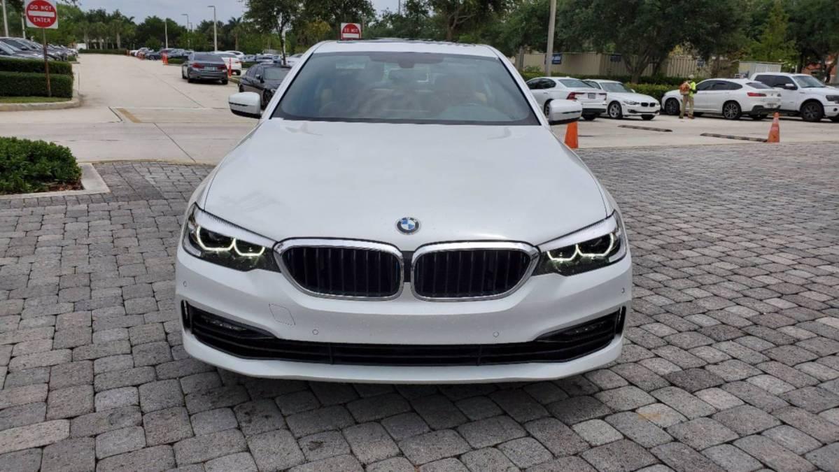 2018 BMW 5 Series WBAJA9C58JB250098