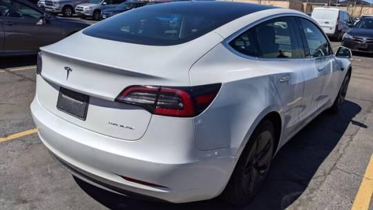 2019 Tesla Model 3 5YJ3E1EB1KF388441