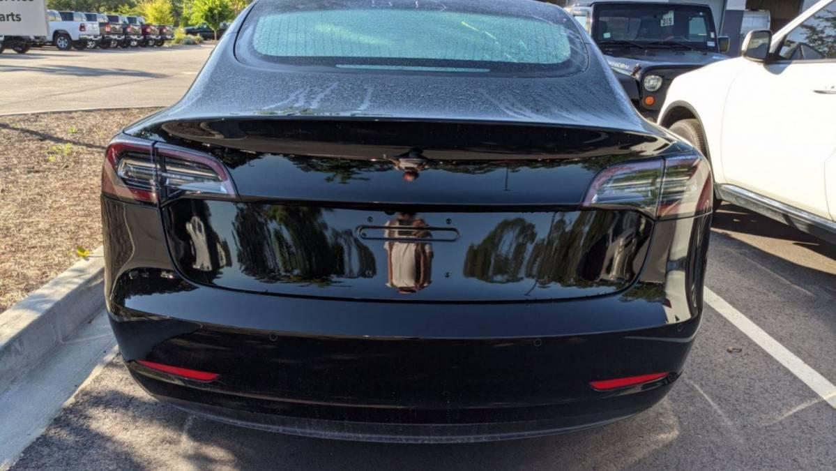 2018 Tesla Model 3 5YJ3E1EA9JF156577