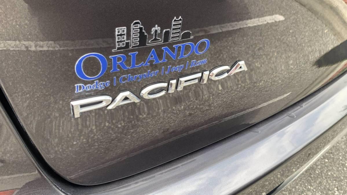 2018 Chrysler Pacifica Hybrid 2C4RC1N7XJR365318