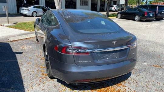 2017 Tesla Model S 5YJSA1E23HF225368