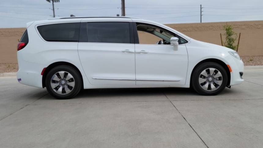 2018 Chrysler Pacifica Hybrid 2C4RC1N70JR111911