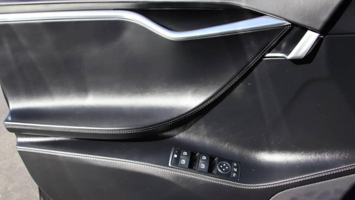 2017 Tesla Model S 5YJSA1E18HF202742