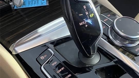 2018 BMW 5 Series WBAJA9C52JG623087