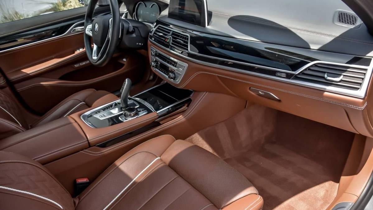 2018 BMW 7 Series WBA7J2C52JG938571