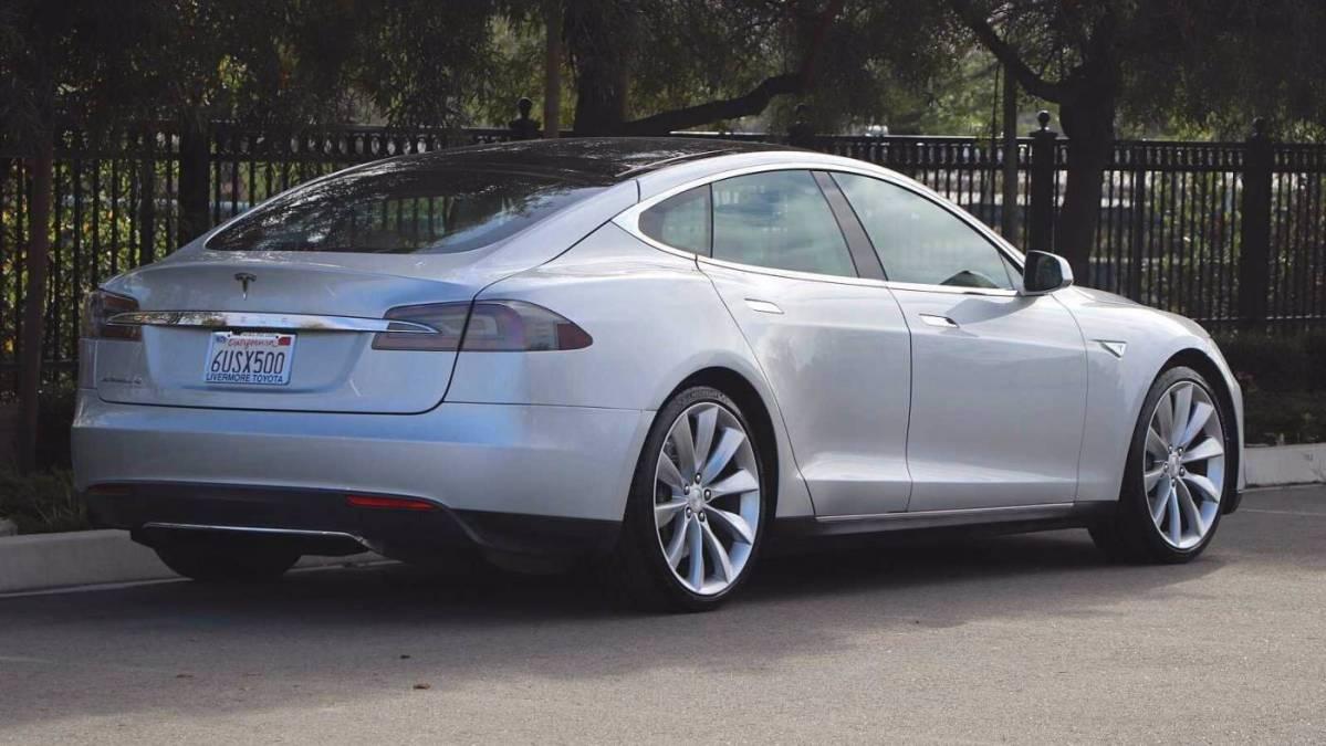 2012 Tesla Model S 5YJSA1DN8CFS00924