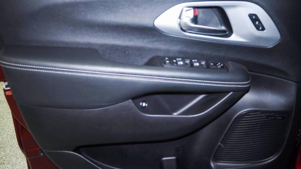 2020 Chrysler Pacifica Hybrid 2C4RC1N70LR244025