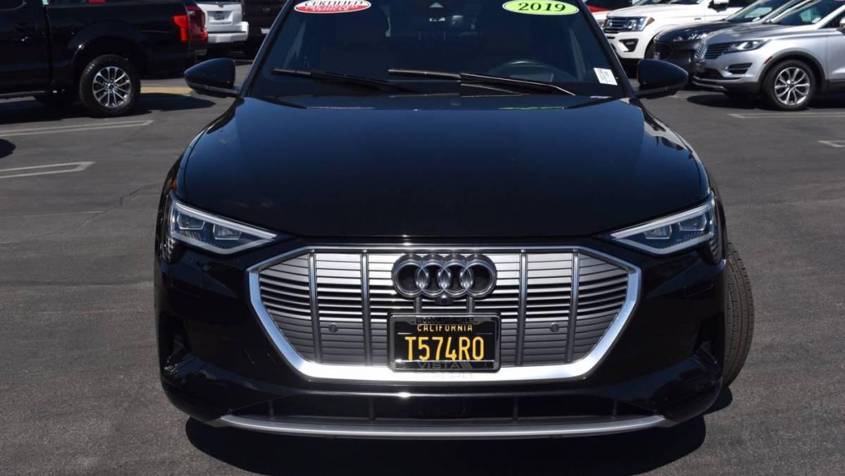 2019 Audi e-tron WA1VABGE4KB017577