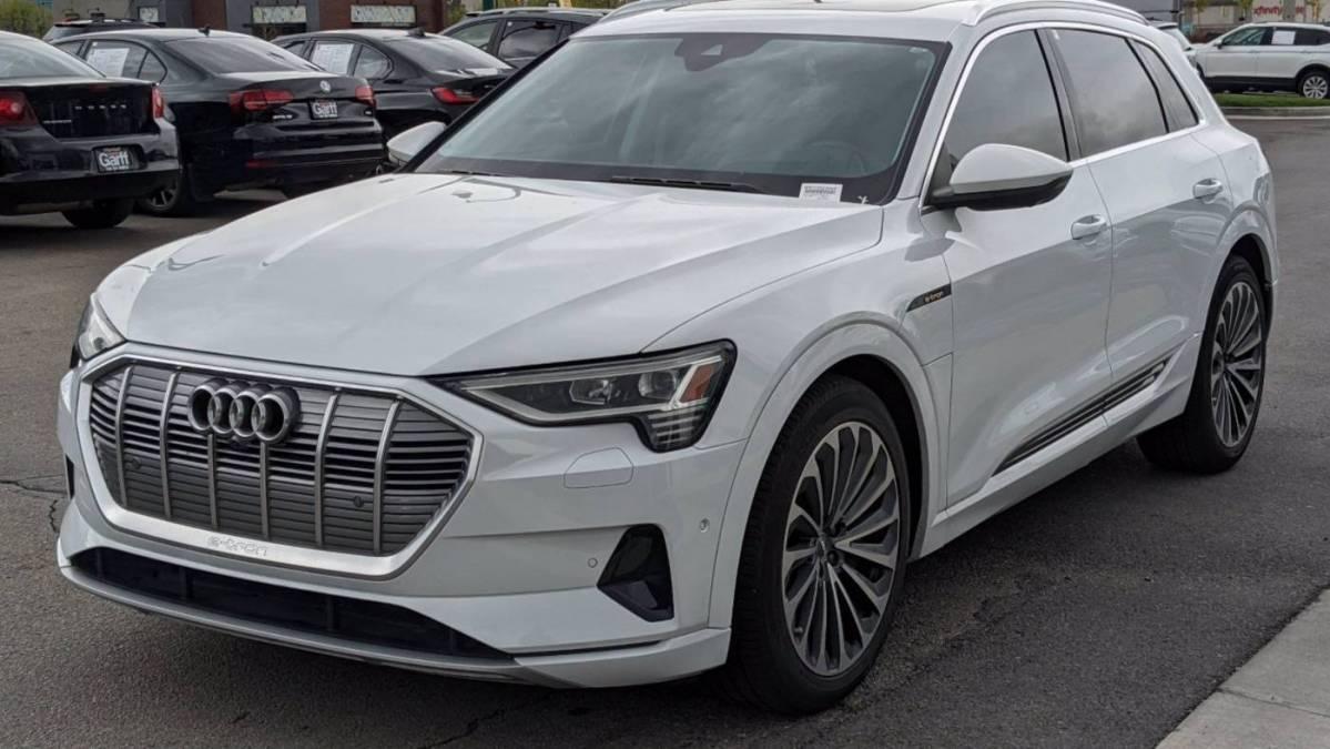 2019 Audi e-tron WA1VABGEXKB024243