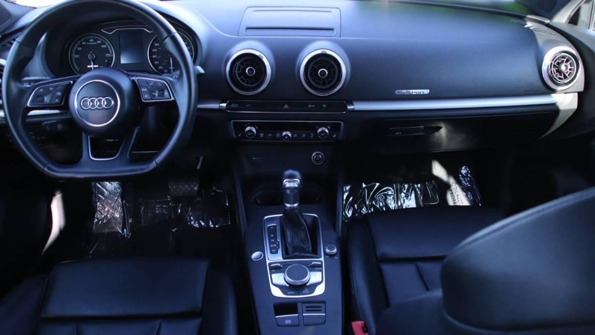 2018 Audi A3 Sportback e-tron WAUUPBFF8JA055339