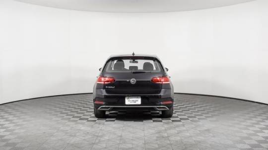 2017 Volkswagen e-Golf WVWKR7AU1HW950580