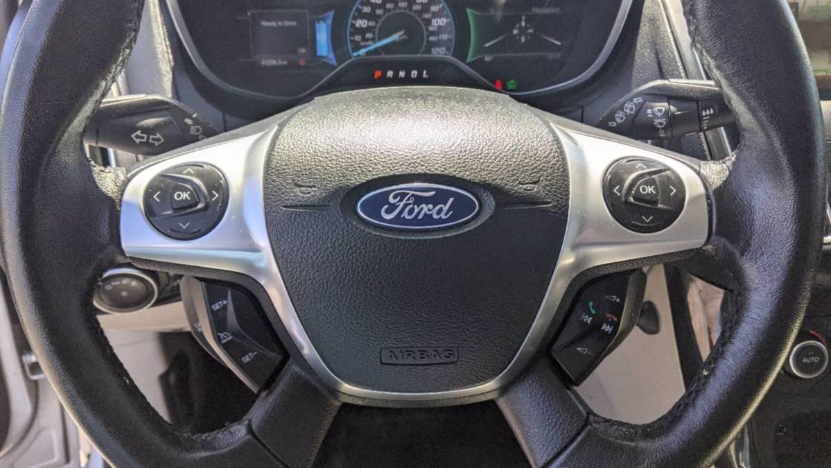 2015 Ford Focus 1FADP3R41FL369385