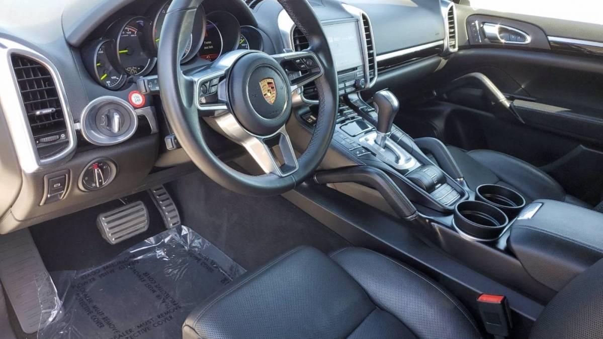 2018 Porsche Cayenne WP1AE2A24JLA71976