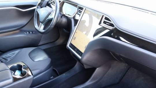 2013 Tesla Model S 5YJSA1CG4DFP17593