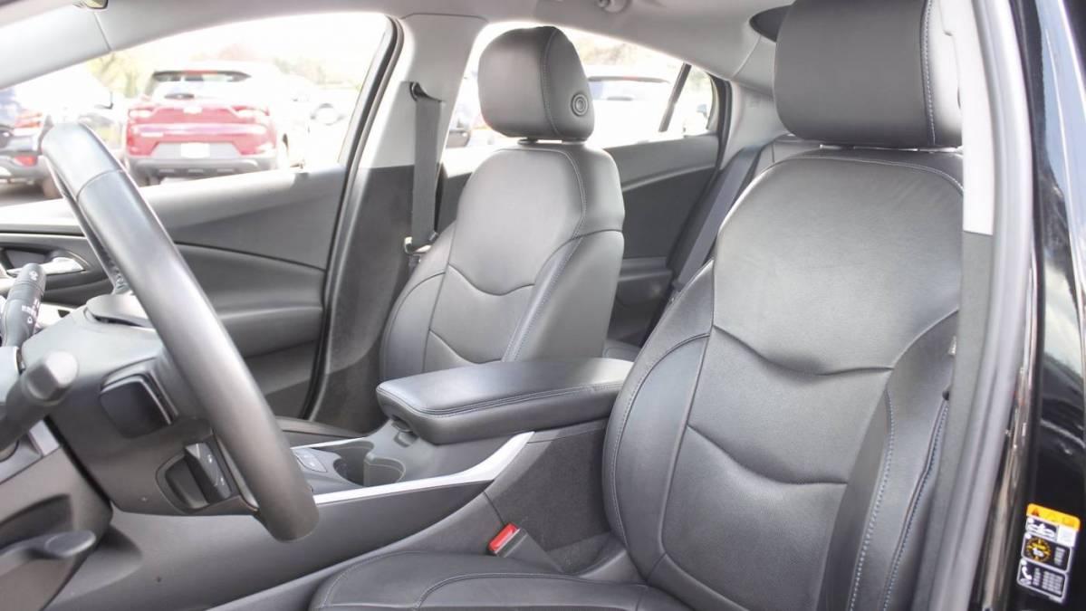2018 Chevrolet VOLT 1G1RA6S58JU112239