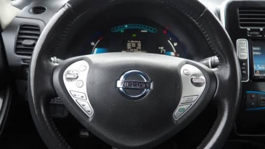 2017 Nissan LEAF 1N4BZ0CP5HC302505