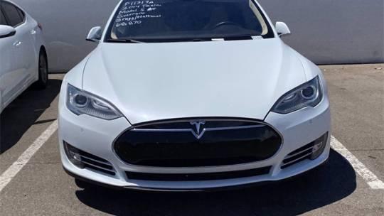 2014 Tesla Model S 5YJSA1H17EFP49444