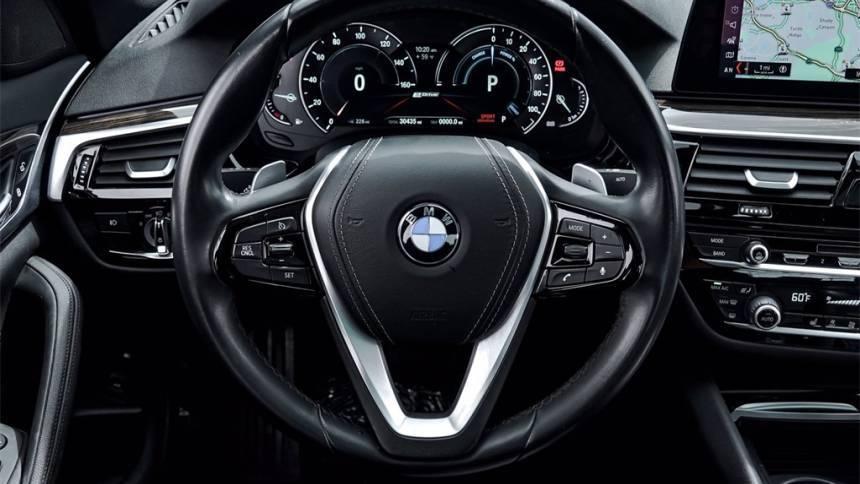 2018 BMW 5 Series WBAJA9C58JB249811