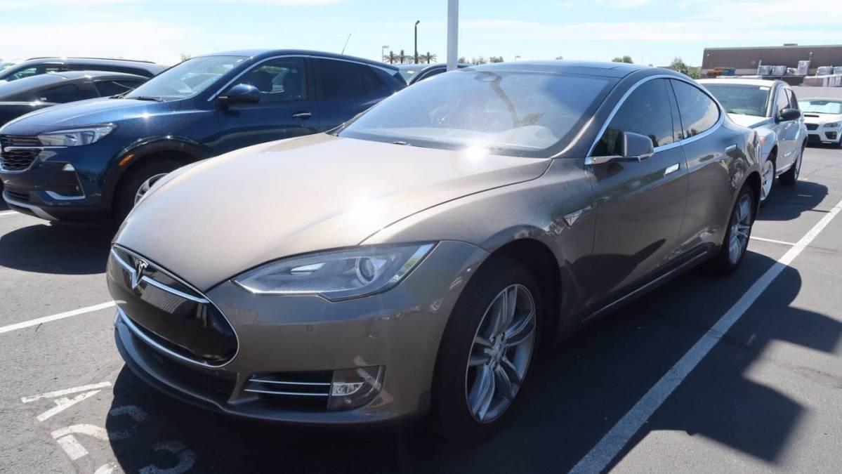 2015 Tesla Model S 5YJSA1E17FF119963