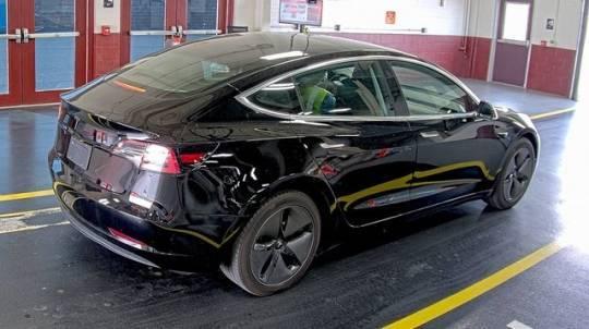 2019 Tesla Model 3 5YJ3E1EA3KF394636