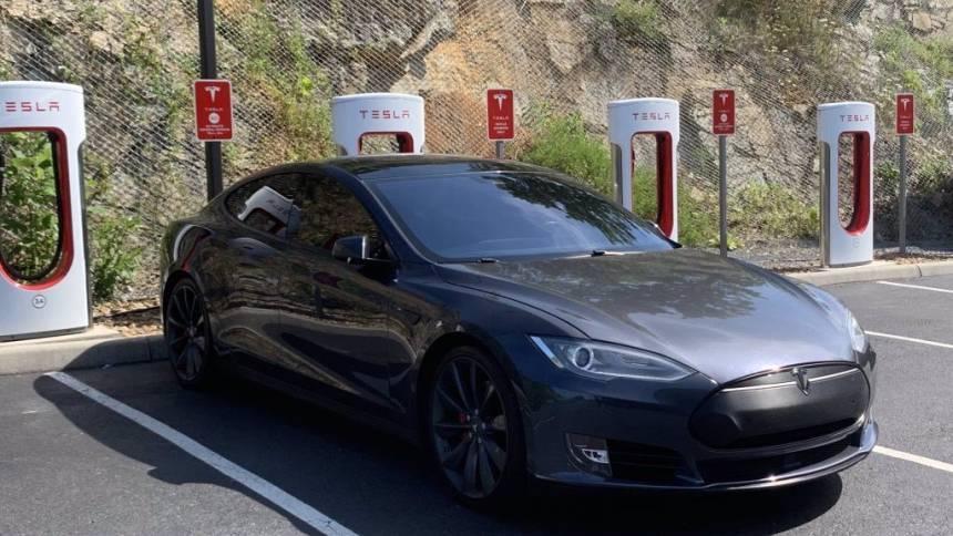 2015 Tesla Model S 5YJSA1E29FF119665