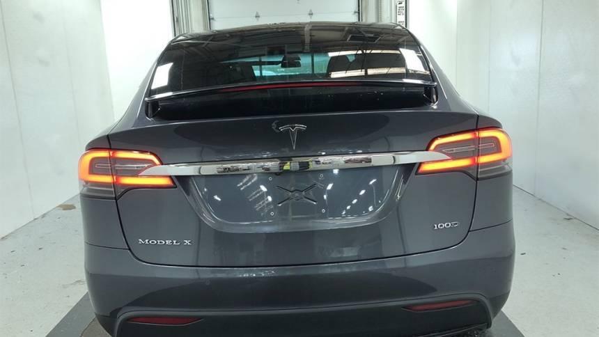 2018 Tesla Model X 5YJXCBE24JF089375