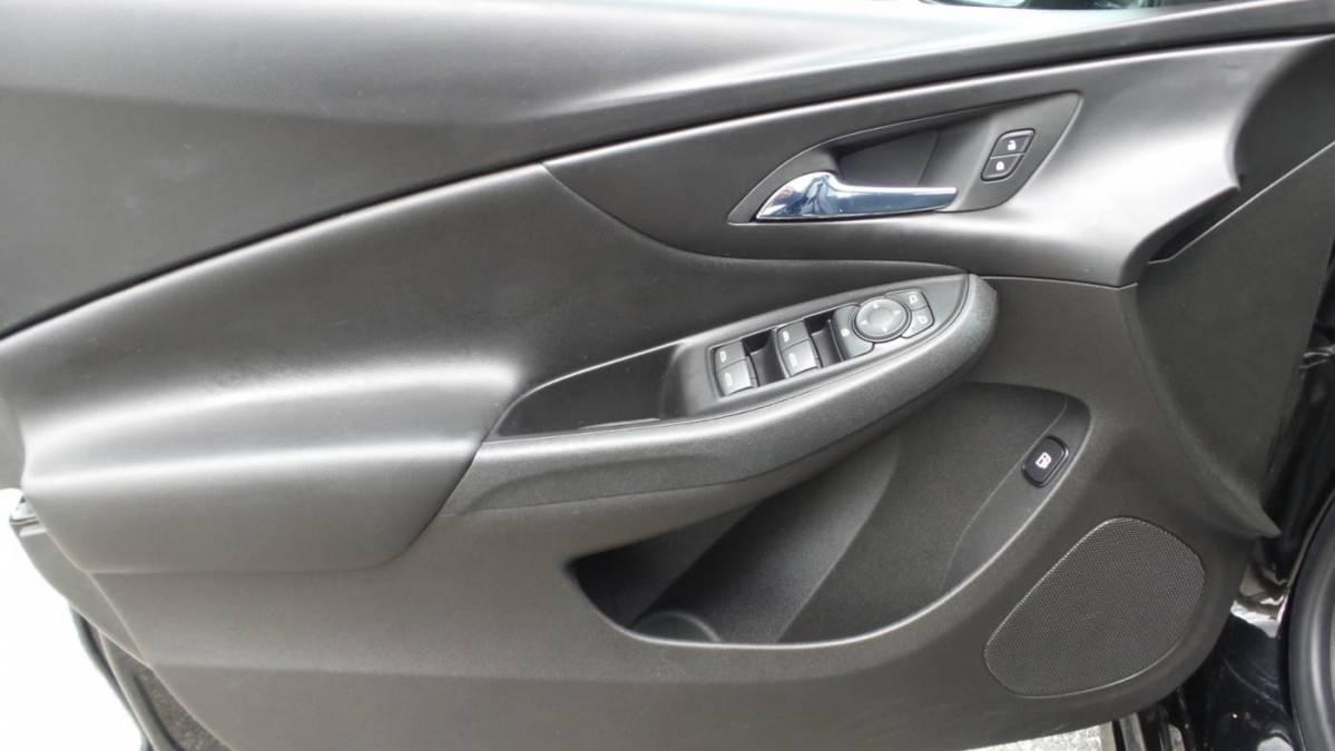 2018 Chevrolet VOLT 1G1RC6S52JU136000