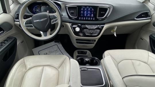 2018 Chrysler Pacifica Hybrid 2C4RC1N76JR168517