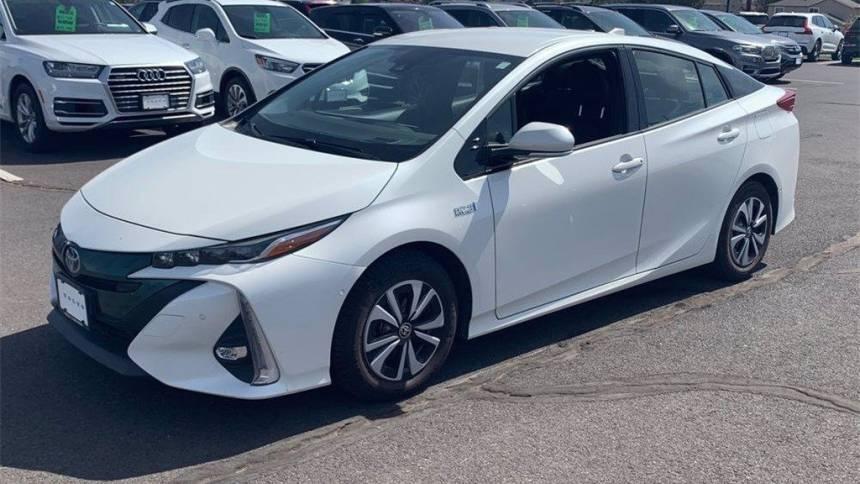 2017 Toyota Prius Prime JTDKARFP3H3002852