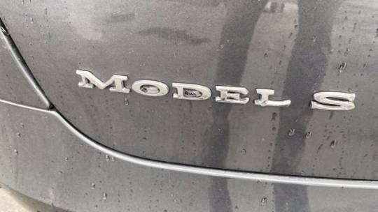 2018 Tesla Model S 5YJSA1E24JF266453