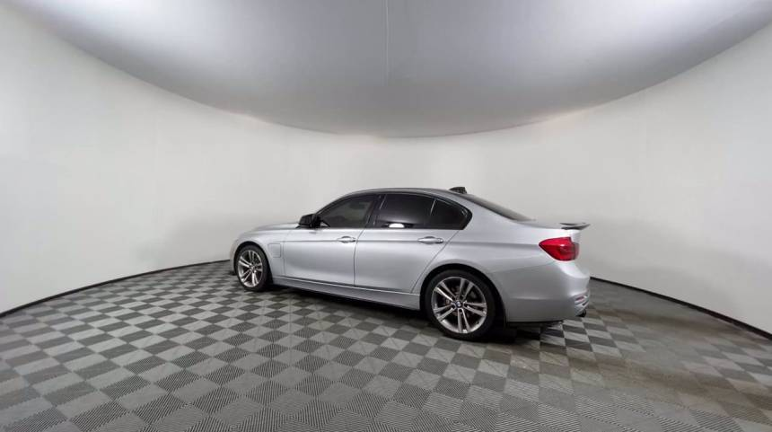 2016 BMW 3 Series WBA8E1C58GK479796
