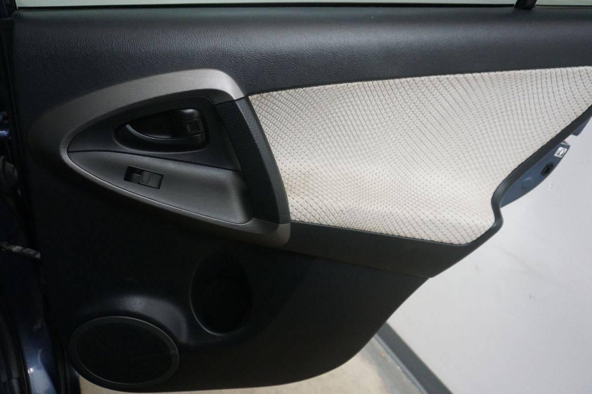 2013 Toyota RAV4 EV 2T3YL4DV0DW002274