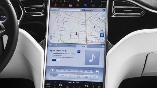 2016 Tesla Model X 5YJXCBE22GF023688