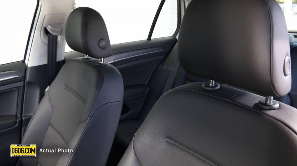 2019 Volkswagen e-Golf WVWPR7AU4KW904822