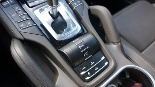 2018 Porsche Cayenne WP1AE2A26JLA71736