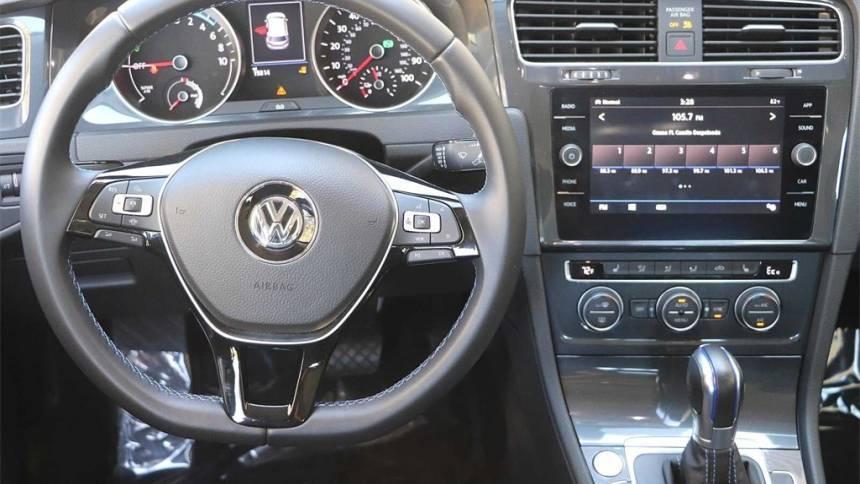 2019 Volkswagen e-Golf WVWKR7AUXKW909338